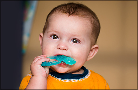 Teething Treatments: What to Do and What to Avoid