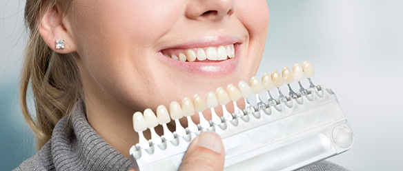 Using Porcelain Veneers to Help You Get a Beautiful Smile
